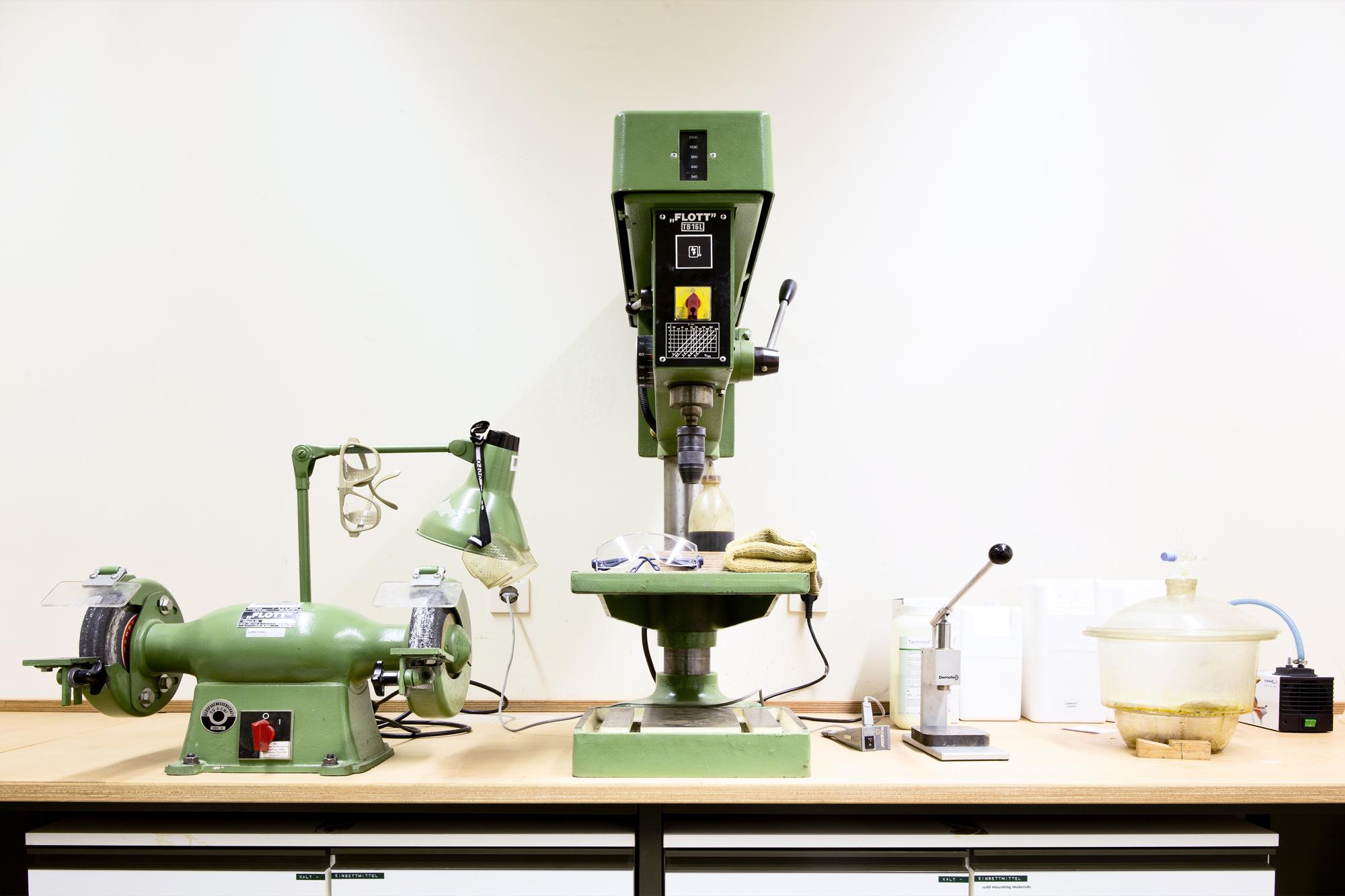 Werkstatt im Ausbildungsbereich Metallographie Lette Verein Berlin