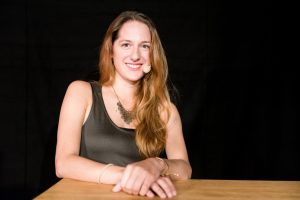 Moderatorin, Lette-Grafikdesign-Absolventin 2016, Lydia Ballarin