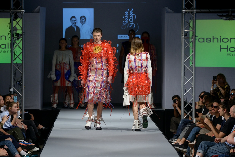 """Lette Verein Berlin, Graduates Show in der """"Fashion Hall"""" im Rahmen der Berliner Fashion-Week Sommer"""