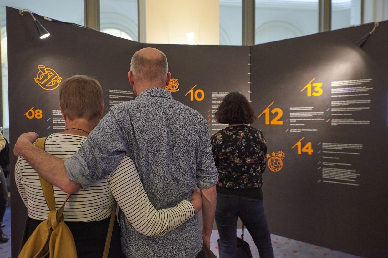 """Ausstellung """"Irgendwas mit Politik"""" im Berliner Abgeordnetenhaus"""